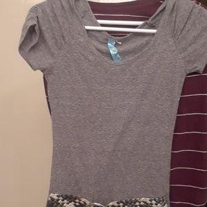 T shirt with belt